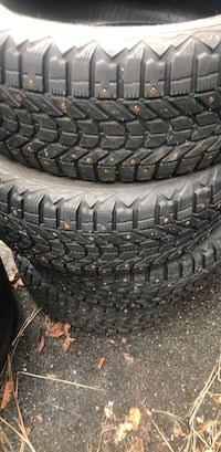 Tires tw 225-55R17 mud and snow and  has metal studs Glastonbury, 06033