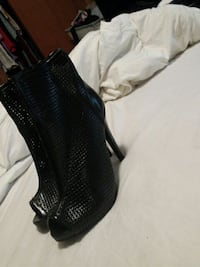 Black Ankle Boots Gallatin, 37066