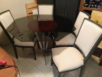 round glass top table with four chairs dining set Edmonton, T5P 2R3