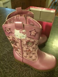 Hello kitty boots size 7 Spring Grove, 17362