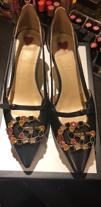 Gucci black leather shoes  Springfield, 22152