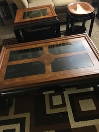 3 piece coffee table set.  ((( Delivery is available))) Las Vegas, 89104
