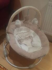 baby's white and gray bouncer Surrey, KT15 2HT