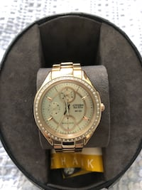 Rose Gold Citizen Eco Drive watch with Swarovski Crystals. Watch is in excellent shape,hardly worn,has original box and extra links.  San Diego, 92120