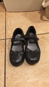 pair of black leather mary jane flats New York, 11361