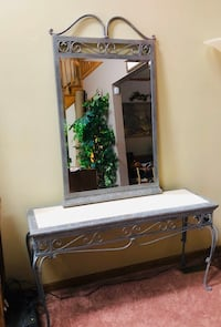 Flexsteel Console table, faux marble top and matching mirror Addison, 60101