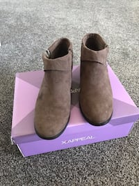 Size 6,5 ankle boots like new worn once  Boyds, 20871