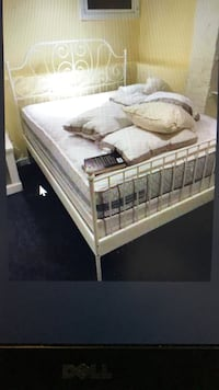 Full IKEA White Metal Frame Bed, will Deliver ! Washington