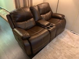Reclining Loveseat - Rarely used, minimal wear - No Delivery, Pickup only