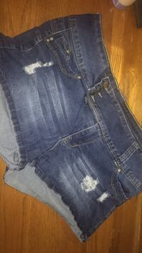 Rue 21 NWOT Distressed 13 Greenfield, 45123