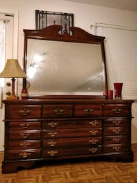 Nice wooden BASSETT dresser with big drawers and b Annandale, 22003
