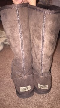 Brown Ugg boots, size 8 Greenville, 28590