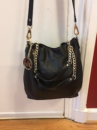 black leather Michael Kors hobo bag Alexandria, 22302