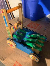 green and blue plastic toy 2255 mi