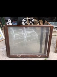 Old wood windows great for crafts and rustic events. great for a wedding.. Reminderville, 44202