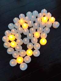 Flickering warm white LED tea light battery powered electric fake candles Whitchurch-Stouffville, L4A 0X8