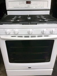 Maytag Gas Range Oven with Convect Fan Toronto, M2J 3B6