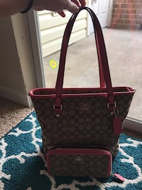 brown monogrammed Coach leather tote bag Manassas, 20109