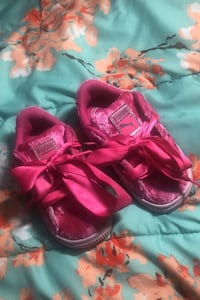 Toddler puma sneakers-PRICE NEGOTIABLE Toronto, M9N 2S5