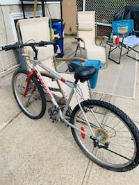 18 speed medium size bike... Edmonton, T5E 5N4