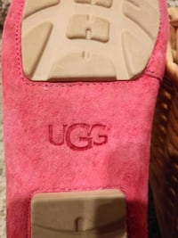 UGG Shoes Women's Size 6 LEATHER [Retail $99]CUSHIONED, ARCH SUPPORT