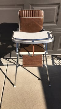 Brown and white highchair Rocklin, 95765