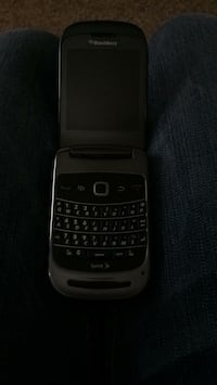 Black and gray blackberry for sprint Peoria, 61603