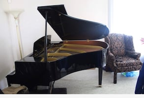 Yamaha GH1 Baby Grand Piano!