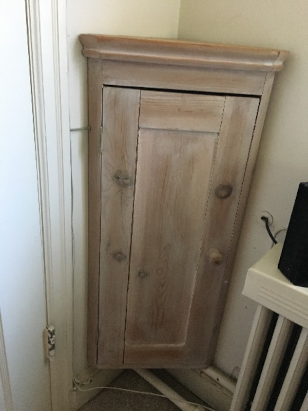 Corner distressed/washed pine wood cabinet – small