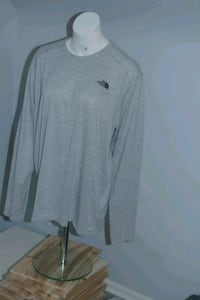 North face long sleeve men's size xl