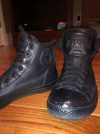 Chuck Taylor ALL STARS  size 11 Robertsdale, 36567