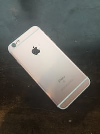 iPhone 6S 16gb Rose Gold Toronto, M6K 1W8