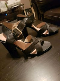 Great condition women's size 7 sandals Winnipeg, R3M 2K4