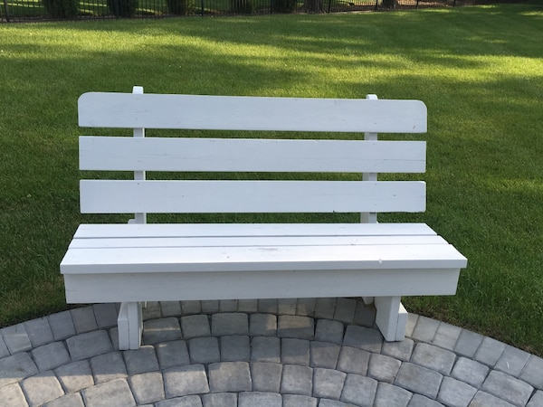 Used White Wooden Park Bench For Sale In Rehoboth Beach Letgo