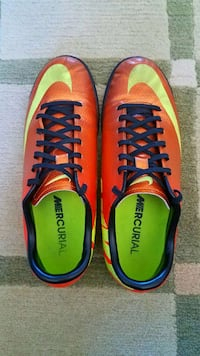 Indoor Soccer Cleats (Men size 8) Albany, 94706