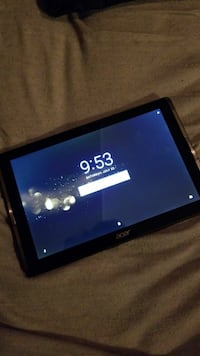 Acer Tablet (new with case) Guelph
