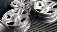 set of four grey Jeep wheels Bellaire, 43906
