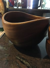 Wooden Serving Bowl with 2 smaller Bowls North Las Vegas, 89030