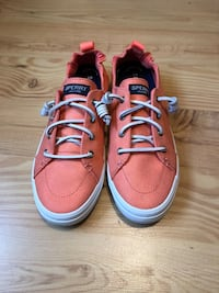 Pair of pink sperry's  Nashua, 03064