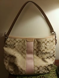 New Large Authentic Coach Bag Medway, 02053