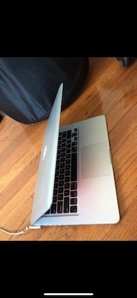 "MacBook 15""  Arlington, 22204"