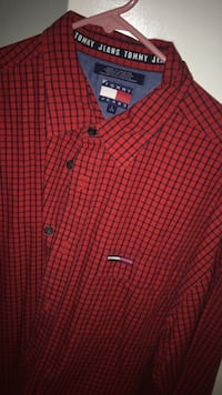 black and red Tommy Hilfiger button-up dress shirt San Antonio, 78229