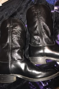 JUSTIN black Chester leather roper boots/ size 11.5 very nice/ price firm Pearl, 39208