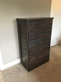Chest of Drawers (2 available)