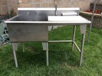 BIG COMMERCIAL STAINLESS STEEL SINK DIM 50x27x34H INCHES  Montréal, H9K 1S7