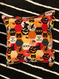 Flange edge Halloween pillow 18 inch square Brick, 08723