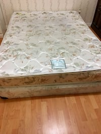 Queen Bed (mattress & box) Abbotsford, V2S 1H6