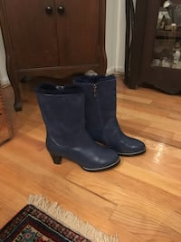 Navy leather high heel boots size 8 brand new Toronto, M6S 2R5