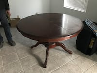 """Round wood table 42"""" (4-8 people) Montreal"""
