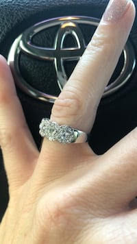 Silver-colored diamond ring Lake Charles, 70605